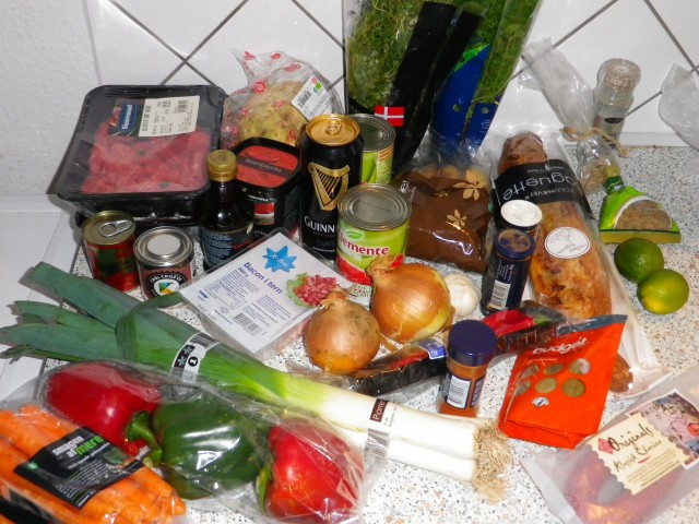 Gullasch suppe ingredienser