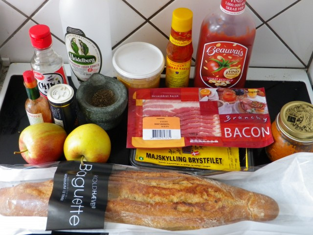 Kyllingbacon sandwich ingredienser