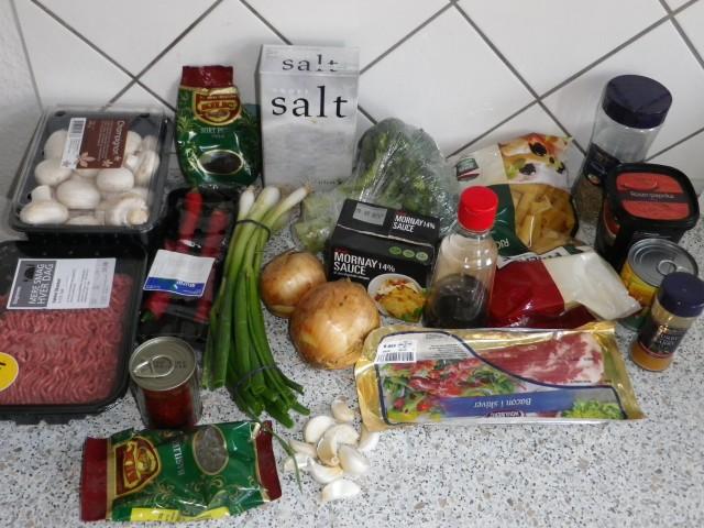 Klassisk ovnpasta ingredienser