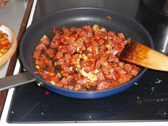 spansk pasta - chorizo steges