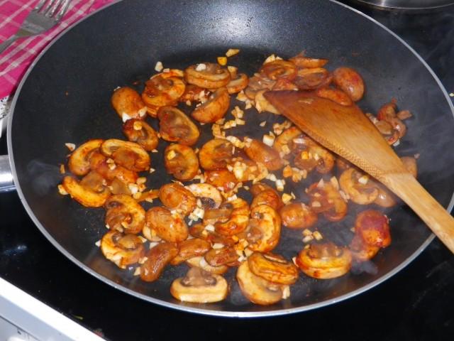 champignon i sherry -svitses på panden
