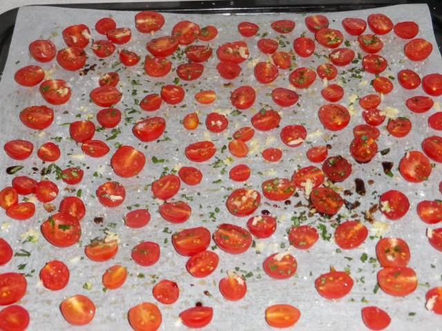 langtidsbagte tomater - før bagning