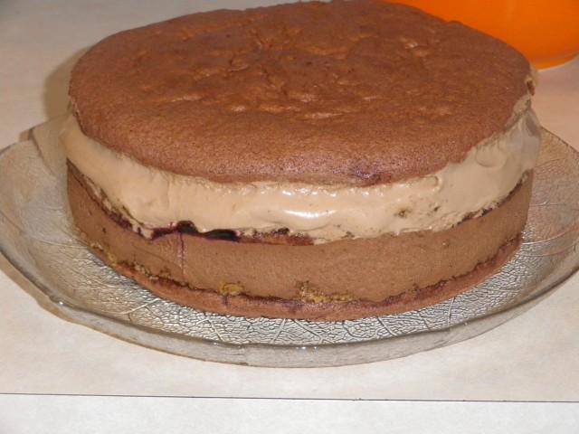 lagkage - kagen pakket ud af formen